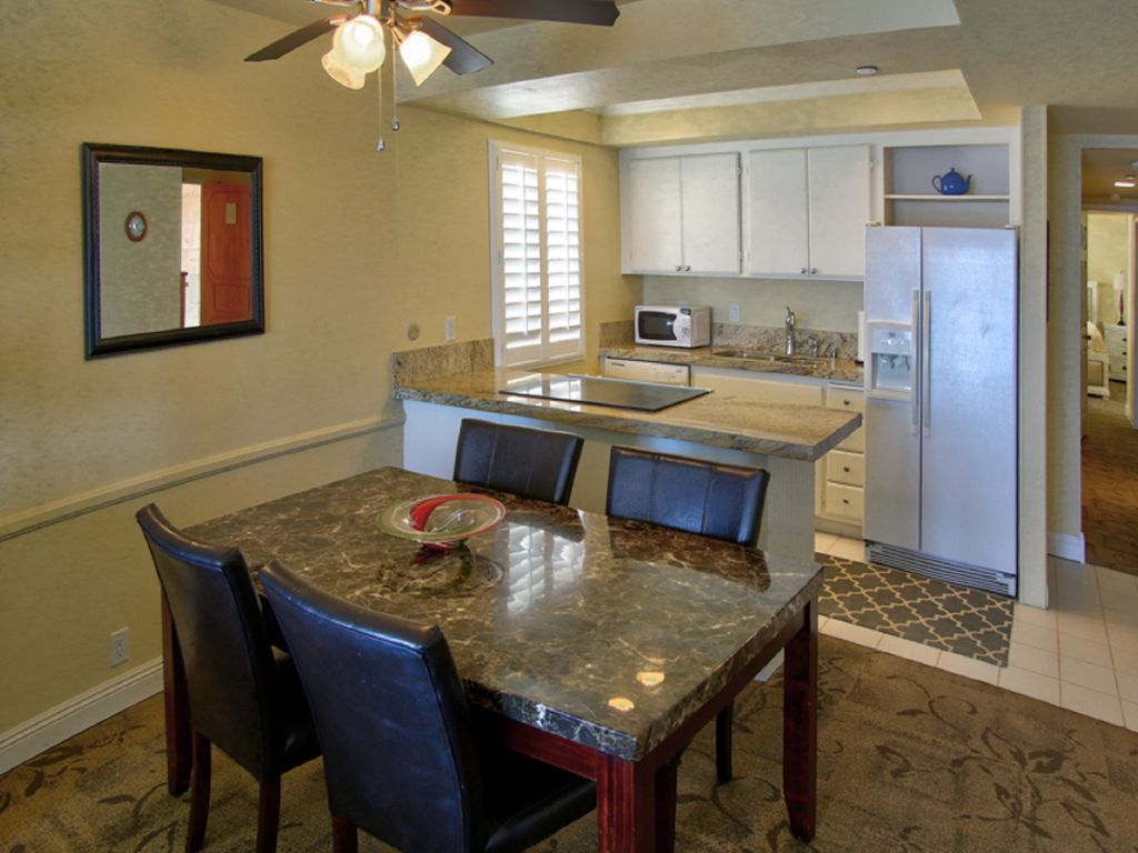 Beachfront 2br Condo In The Heart Of Carlsbad Carlsbad