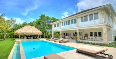 4bd villa, one of a kind accommodation experience, top services
