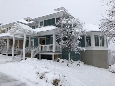 Photo for Newly renovated mountaintop ski-in/ski-out unit. Sleeps 8 comfortably.