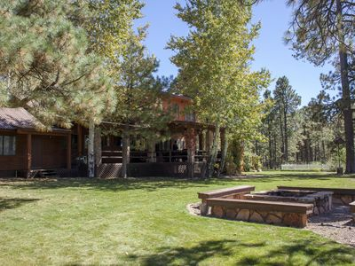 Beautiful 3 Bedroom Cabin! 2.5 Hours From Phoenix! Backs To National Forest