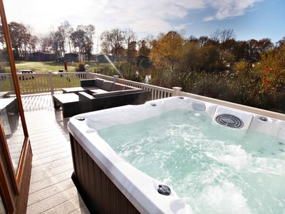 Photo for Luxury Holiday Lodge with Hot Tub