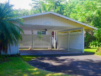 Photo for Quiet home with large lanai, gorgeous jungle foliage, grill & AC!