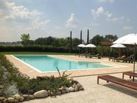 An idyllic holiday home in the beautiful Le Marche hills.