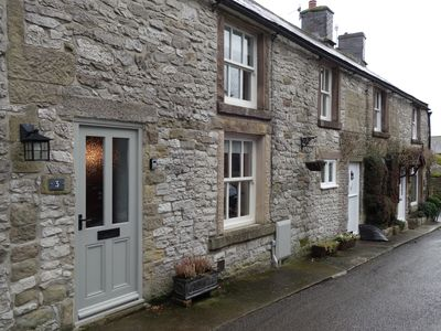 Photo for Cosy stone cottage - Youlgreave