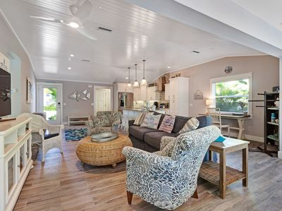Photo for Bright and cheery waterfront home with private pool and spa