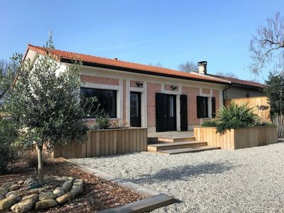 Photo for Grayan-et-l'Hopital Holiday Home, Sleeps 3 with Free WiFi