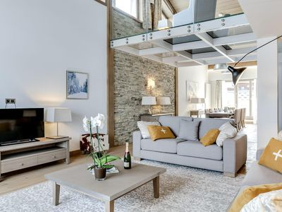 Photo for Carré Blanc 250: 6 rooms with contemporary atmosphere