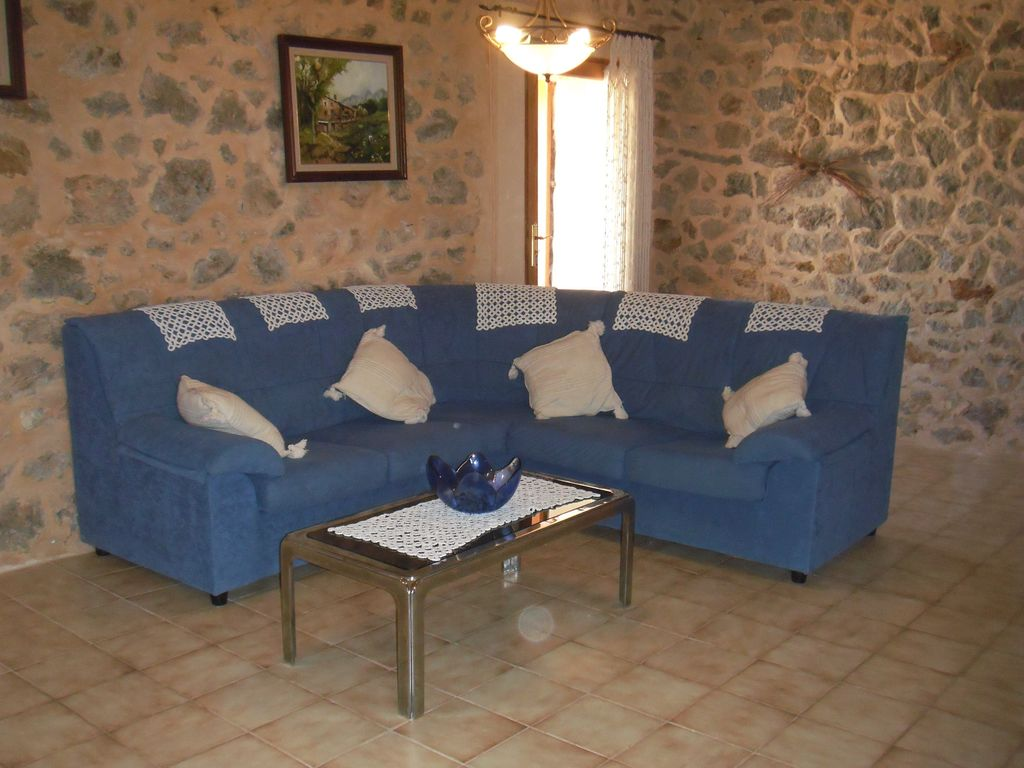 Typical majorcan rustic house with pool arta majorca for 64 rustic terrace bristol ct