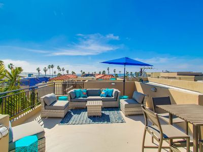 Photo for Upgraded TH w/Rooftop Deck, Garage Parking, 1 House from Beach