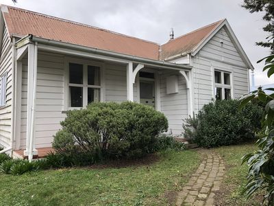 Photo for Lovely cosy cottage In the heart of Methven
