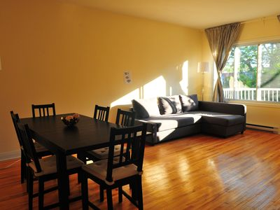 Photo for Charming 3 BDR apartment close to the Metro (with parking and air conditioning)