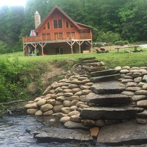 Photo for 3BR Cabin Vacation Rental in LAKE TOXAWAY, North Carolina
