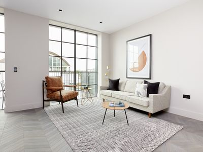 Photo for Sonder | Back Hill | Spacious 2BR + Terrace