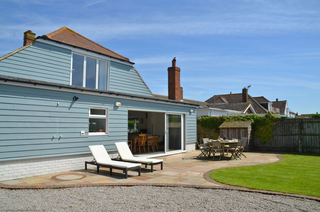 0d85d9793 Marine House - West Wittering, West Sussex - West Wittering