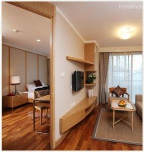 Photo for Thonglor Road 1-Bedroom Apt (A)