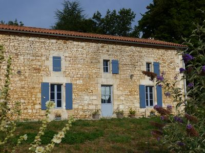 Photo for Large cottage for quiet family holidays between Charente and Dordogne
