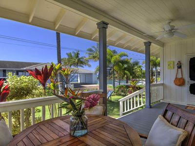 Photo for Ho'ona Hale - Delightful 2 Bedroom Cottage with Whitewater Ocean Views