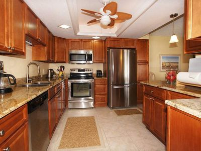 25% OFF MAY 1-NOV 13 2020 Great 2nd floor unit at Island Winds! Click for reviews! Free WIFI, Central AC, Onsite Parking, Full-Sized Washer and Dryer in Unit!