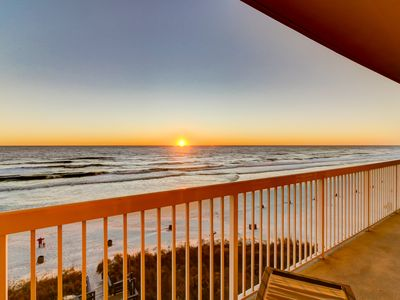 Photo for Dreamy retreat on the Gulf w/ shared pool, basketball court & beach access!
