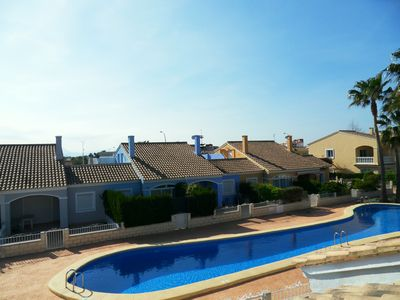 Photo for Townhouse well equipped for 6 people with communal pool. and 600m from the beach
