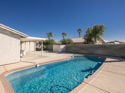 Photo for SWIMMING POOL (5167) VACATION RENTAL HOME, 3 Queen Beds, 2 Baths (5167)