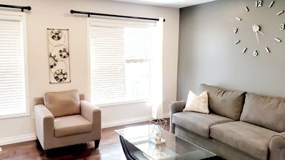 Photo for Lovely Townhouse available close to GO train, Pan Am Ctr, Zoo, lake & Rouge park