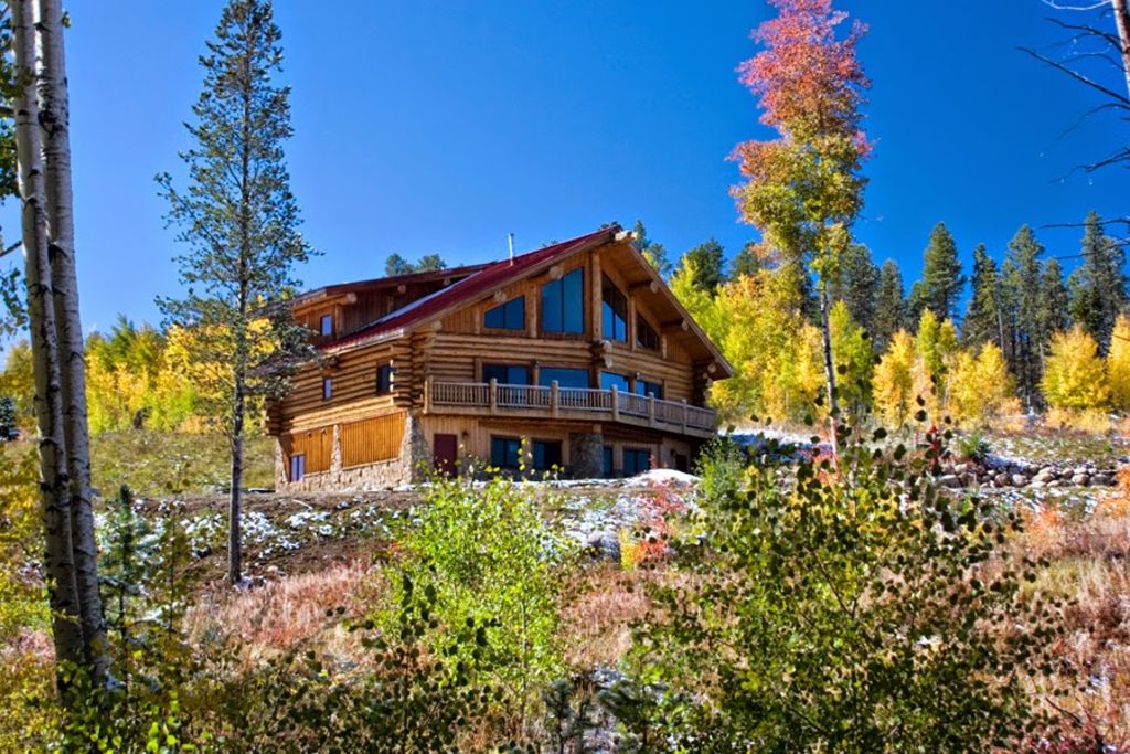 Beautiful bright and airy deluxe log homeaway winter park for Cabin rentals in winter park co