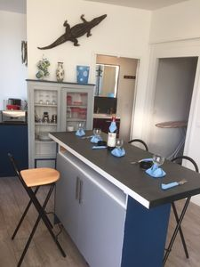 Photo for Renovated apartment 60m2 Saint Malo near shops station