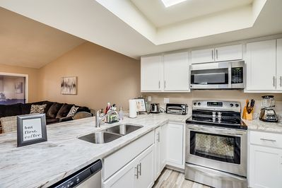 Beautiful newly remodeled kitchen. All new appliances