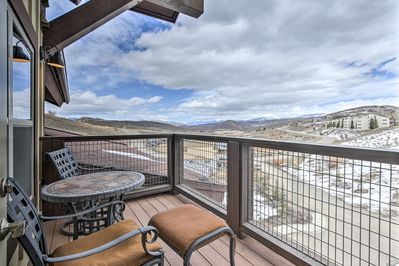 Escape to this charming vacation rental condo for a memorable mountain getaway!
