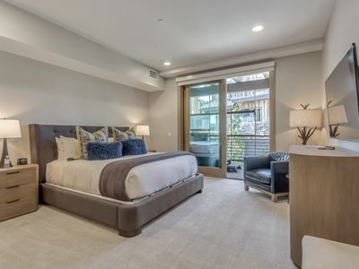 Photo for Gorgeous Condo with Top-Notch Amenities