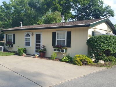 Cute Cottage on Lake Freeman, Private Beach, Boating Paradise, Relaxing Get-Away