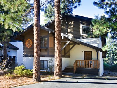 Photo for 4BR/2BA Large Tahoe Tyrol Chalet with fabulous lake views!