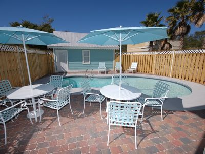 Nice Pool/patio Area, New Patio Furniture And Chaise Lounge Chairs