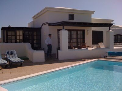 Photo for Detached Luxury villa, private heated pool, stunning sea views in Faro Park