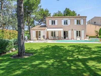 Photo for The houses and villas of Pont Royal in Provence - Maeva Individuals - Villa with private pool on the edge of golf for 8 people