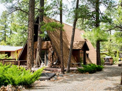 Charming A-Frame Cozy Cottage in Munds Park Arizona, surrounded by tall pines!!!