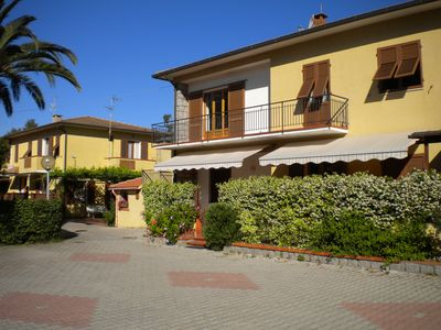Photo for Three-room apartment just steps from the beach and the pedestrian area of ​​Marina di Campo