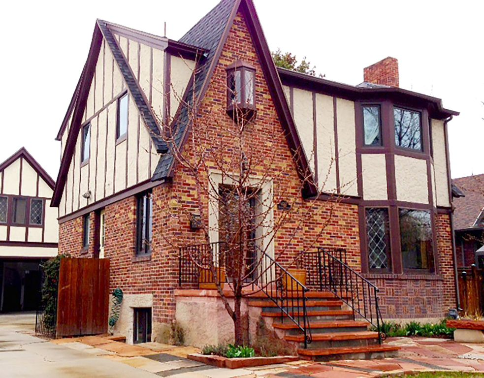 Charming Tudor House (basement apartment) - Ideal SLC Location!