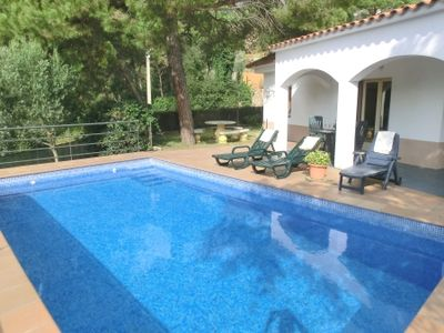 Photo for 4 bedroom Villa, sleeps 7 in Lloret de Mar with Pool and WiFi