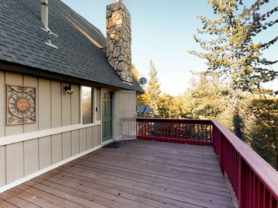 Photo for Mountain escape with family-friendly atmosphere, game room, & picturesque views
