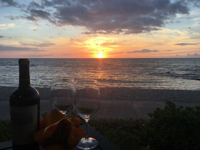 Dinner at Ulu's - Go for a wonderful dinner at Ulu's at the Hualalai Resort only nine miles south.