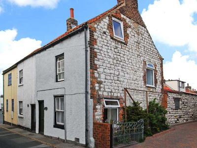 Photo for DUCK COTTAGE, family friendly in Flamborough, Ref 12291