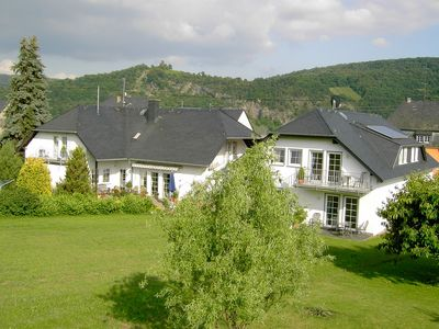 Photo for Well-maintained holiday home on a vineyard, close to the town centre