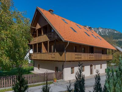 Photo for Zelenci Apartment - Attractive, well appointed 1 bedroom apartment in Mojstrana