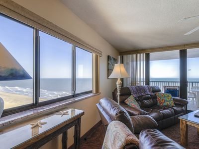 Photo for STUNNING OCEANFRONT Condo*Pool* Jacuzzi*FREE WiFi & Parking*Cable TV*AC*Grill