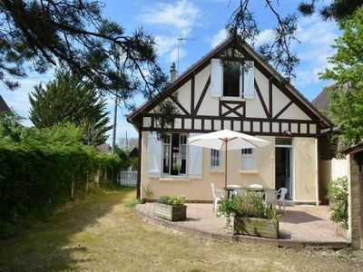 Photo for Villa Merville-Franceville-Plage, 3 bedrooms, 6 persons