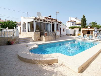 Photo for 4 Bedroom villa, up to 10 people, Private pool & BBQ close to beaches and Calpe