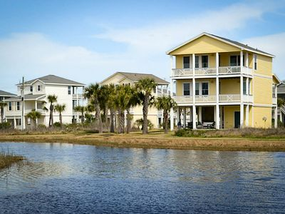 Photo for Oceanview seaside home with shared hot tub, pool, fitness center, and more!