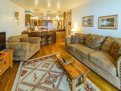Photo for Sweet and cozy condo, right by the slopes! Enjoy the fresh air on the back deck then come in to the